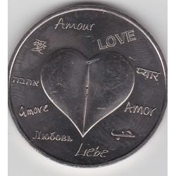 87 - Une médaille pour l'Amour ! (blanc) - 2015