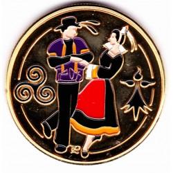 Couple danseurs bretons
