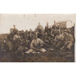 Carte postale - Prisonniers de guerre paysans