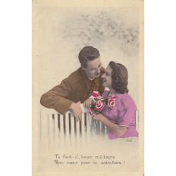 Carte postale - Te faut-il, beau militaire ....