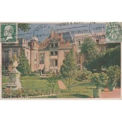 Carte postale - Pavillon Sévigné, Vichy - L'entrée et les jardins