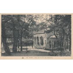 Carte postale - Vichy - Parc et pavillon des Célestins