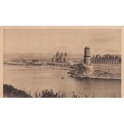 Carte postale - Marseille - L'entrée du vieux port