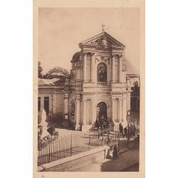 Carte postale - Lisieux - La chapelles des carmélites - La façade