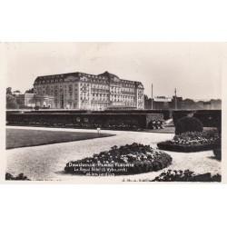 Carte postale - Dauville - Plage fleurie - Le royal hôtel