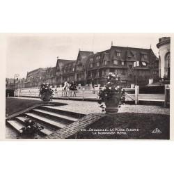 Carte postale - Dauveille - Plage fleurie - Le Normandy Hôtel