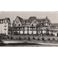 Carte postale - Cabourg - Normandy home et les jardins