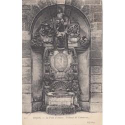 Carte postale - Dijon - Le puit d'amour, tribunal de commerce
