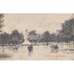 Carte postale - Dijon - Place de la république