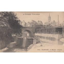 Carte postale - Plancöet - Le moulin - L'église