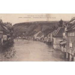 Carte postale - Ornans - Vieilles maisons sur la Loue