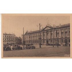 Carte postale - Toulouse - Façade et place du Capitole