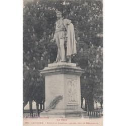 Carte postale - Lectoure - Statue du maréchal Lanne, duc de Montebello