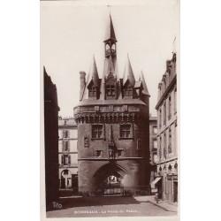 Carte postale - Bordeaux - La porte du Palais