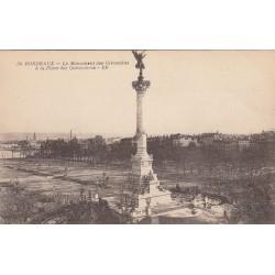 Carte postale - Bordeaux - Le Monument des Girondins à la place des Quinconces