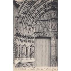 Carte postale - Bordeaux - La Cathédrale - Détail de la porte Royale